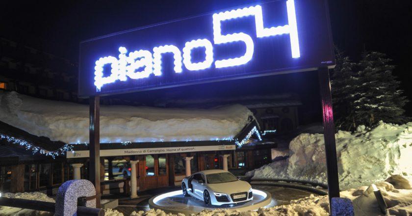 Piano 54