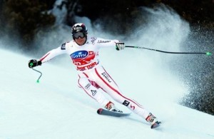 Austria's Michael Walchhofer speeds down the course on his way to win an alpine ski World Cup men's downhill race, in Bormio, Italy, Wednesday, Dec. 29, 2010. (AP Photo/Alessandro Trovati)