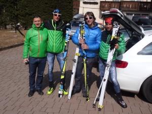 Tadej assieme a Daniele Pesamosca e Killian, lo scorso alla Sellaronda.