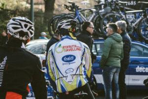 Presente anche un gregario dell'Ortofrutta Ravellini appena tornato da una pedalata negli anni '90.